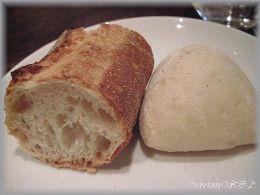 ルールのタケウチさんのパン.JPG