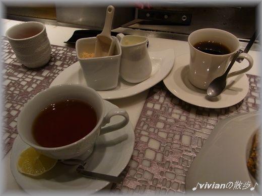 レモンティーとコーヒー.JPG