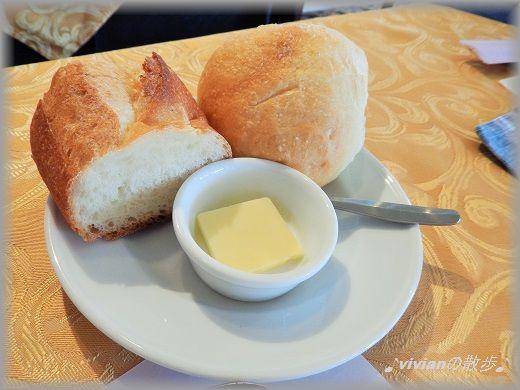 自家製パン.jpg