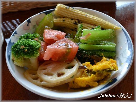食べ放題の惣菜.JPG
